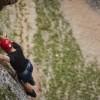 """""""A via ferrata"""" (în italiană """"drum de fier"""") este o rută protejată de cățărare inventată în Alpii Italieni"""