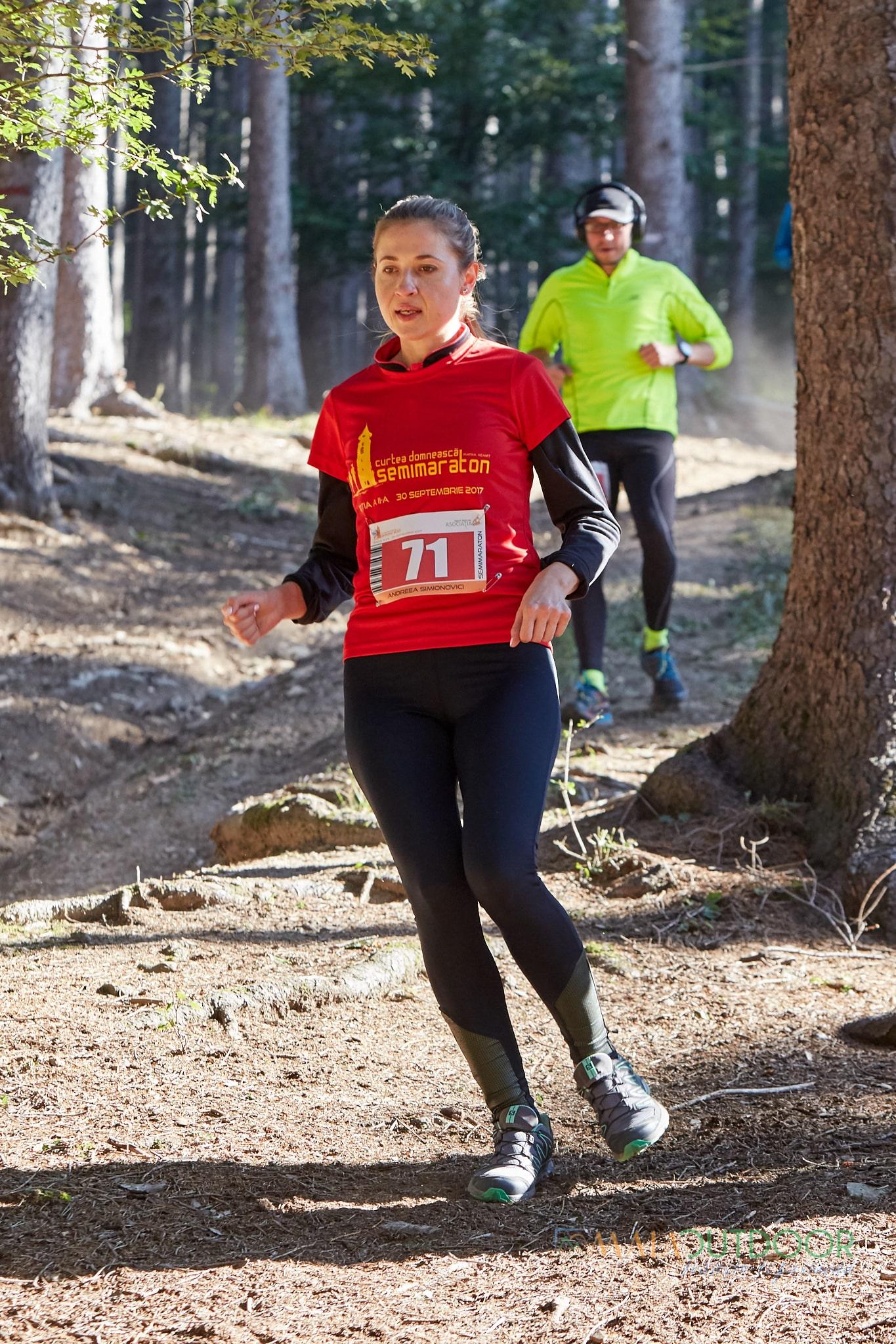 Semimaraton_Curtea_Domneasca_MaiaOutdoor.ro_IMG_5978-min