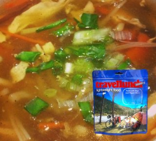 Mancare dezhidratata liofilizata Travellunch Aliment instant Spicy Indonesian Chicken Soup
